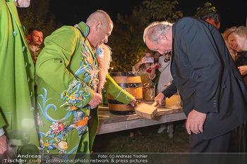 Rencontre a la campagne - Gery Keszlers Bauernhof, Burgenland - Sa 04.09.2021 - Gery KESZLER, Kardinal Christoph SCHÖNBORN71