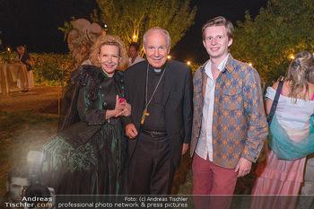 Rencontre a la campagne - Gery Keszlers Bauernhof, Burgenland - Sa 04.09.2021 - Kardinal Christoph SCHÖNBORN, Sunnyi MELLES, Constantin SAYN-WI82