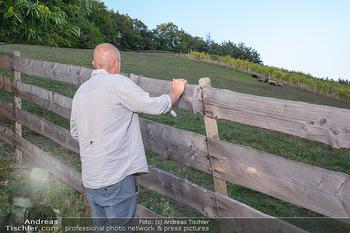 Besuch bei Gery Keszler - Bauernhof, Südburgenland - Sa 04.09.2021 - Gery KESZLER bei seinen Schafen, Schafweide19