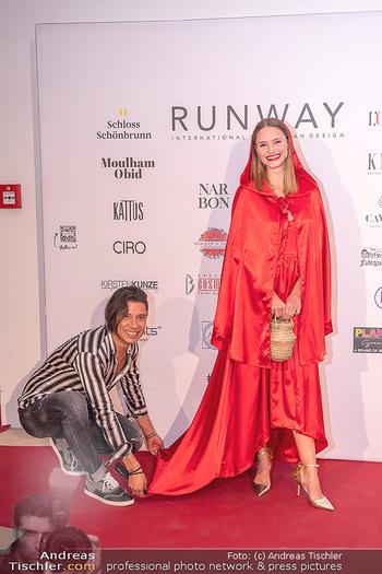 Runway Fashion Day - Schloss Schönbrunn, Wien - Di 07.09.2021 - Julia FURDEA, Alexis F. GONZALEZ21