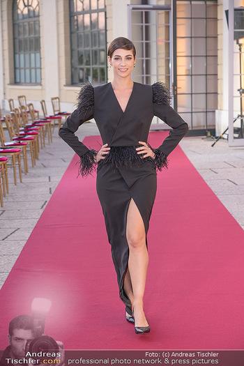 Runway Fashion Day - Schloss Schönbrunn, Wien - Di 07.09.2021 - Maria YAKOVLEVA26