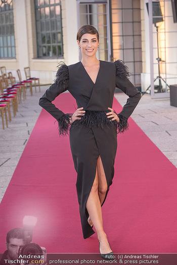 Runway Fashion Day - Schloss Schönbrunn, Wien - Di 07.09.2021 - Maria YAKOVLEVA27
