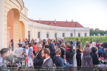 Runway Fashion Day - Schloss Schönbrunn, Wien - Di 07.09.2021 - open air Cocktail Empfang29