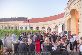 Runway Fashion Day - Schloss Schönbrunn, Wien - Di 07.09.2021 - open air Cocktail Empfang30