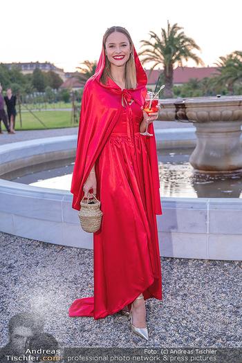Runway Fashion Day - Schloss Schönbrunn, Wien - Di 07.09.2021 - Julia FURDEA47