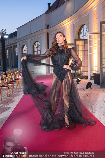 Runway Fashion Day - Schloss Schönbrunn, Wien - Di 07.09.2021 - Lili PAUL-RONCALLI54