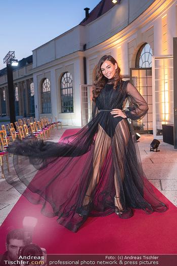 Runway Fashion Day - Schloss Schönbrunn, Wien - Di 07.09.2021 - Lili PAUL-RONCALLI57