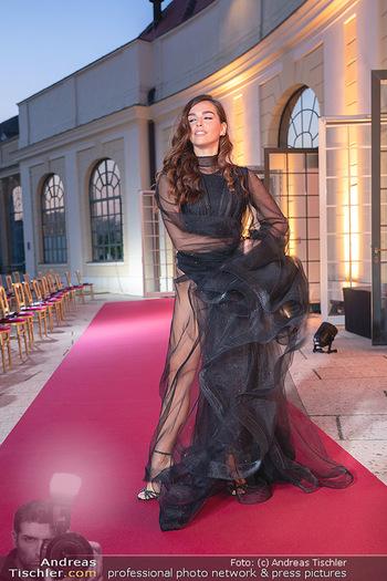 Runway Fashion Day - Schloss Schönbrunn, Wien - Di 07.09.2021 - Lili PAUL-RONCALLI58