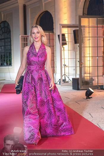 Runway Fashion Day - Schloss Schönbrunn, Wien - Di 07.09.2021 - Silvia SCHNEIDER82