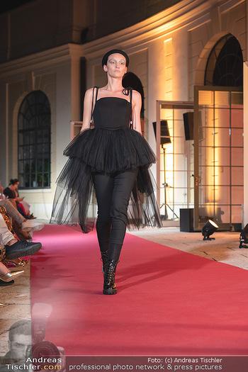 Runway Fashion Day - Schloss Schönbrunn, Wien - Di 07.09.2021 - 88