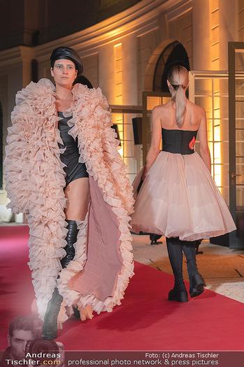 Runway Fashion Day - Schloss Schönbrunn, Wien - Di 07.09.2021 - 89