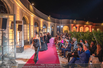 Runway Fashion Day - Schloss Schönbrunn, Wien - Di 07.09.2021 - Modenschau mit Publikum im Freien, Red Carpet, Models99