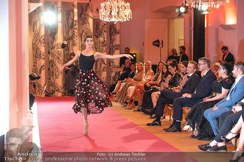 Runway Fashion Day - Schloss Schönbrunn, Wien - Di 07.09.2021 - Maria YAKOVLEVA103