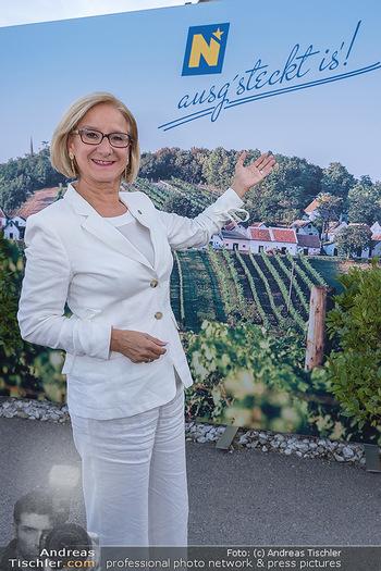 Mikl-Leitner Heurigenempfang - Der Fuchs Heuriger, Maria Enzersdorf - Do 09.09.2021 - Johanna MIKL-LEITNER5