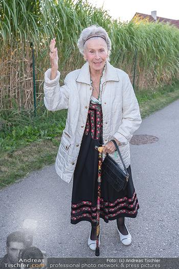 Mikl-Leitner Heurigenempfang - Der Fuchs Heuriger, Maria Enzersdorf - Do 09.09.2021 - Waltraud HAAS9