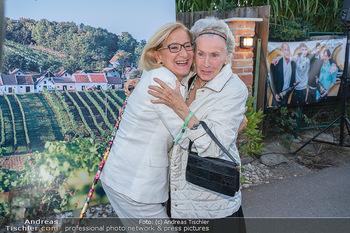 Mikl-Leitner Heurigenempfang - Der Fuchs Heuriger, Maria Enzersdorf - Do 09.09.2021 - Waltraud HAAS, Johanna MIKL-LEITNER15