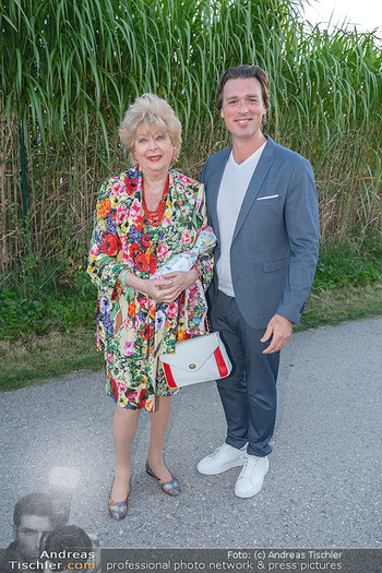 Mikl-Leitner Heurigenempfang - Der Fuchs Heuriger, Maria Enzersdorf - Do 09.09.2021 - 26