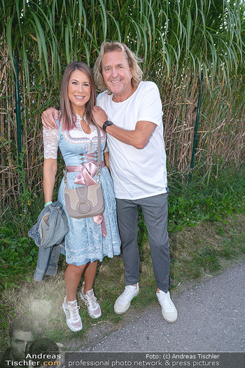 Mikl-Leitner Heurigenempfang - Der Fuchs Heuriger, Maria Enzersdorf - Do 09.09.2021 - Simone STELZER, Charly BRUNNER40