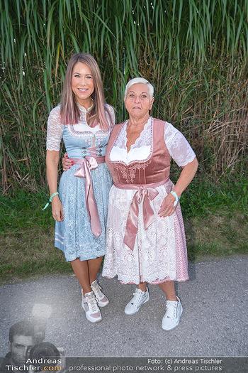 Mikl-Leitner Heurigenempfang - Der Fuchs Heuriger, Maria Enzersdorf - Do 09.09.2021 - Simone STELZER, Jazz GITTI43