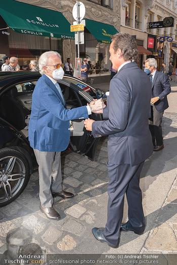 Jose Carreras Pressetermin - Chopard - Sa 11.09.2021 - Ankunft Jose CARRERAS am Kohlmarkt, Thomas KOBLMÜLLER6