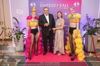 Diversity Ball - Kursalon Hübner, Wien - Sa 11.09.2021 - Peter HACKER mit Begleitung53