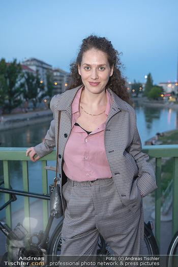 Kinopremiere ´Die Schachnovelle´ - Urania Kino - Mo 13.09.2021 - Fanny KRAUSZ (Portrait)10