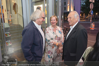 Kinopremiere ´Die Schachnovelle´ - Urania Kino - Mo 13.09.2021 - Marlene ROPAC, Danny KRAUSZ, Veit HEIDUSCHKA16