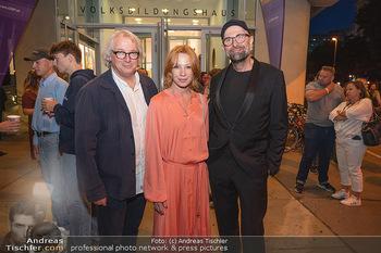 Kinopremiere ´Die Schachnovelle´ - Urania Kino - Mo 13.09.2021 - Birgit MINICHMAYR, Danny KRAUSZ, Philipp STÖLZL22