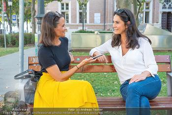 Fototermin Mariella Ahrens - Park hinterm Ritz, Wien - Di 14.09.2021 - Mariella AHRENS interviewt von Romina Colerus27