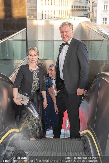 Fundraising Dinner - Albertina, Wien - Di 14.09.2021 - Klaus Albrecht SCHRÖDER mit Ehefrau Nina14