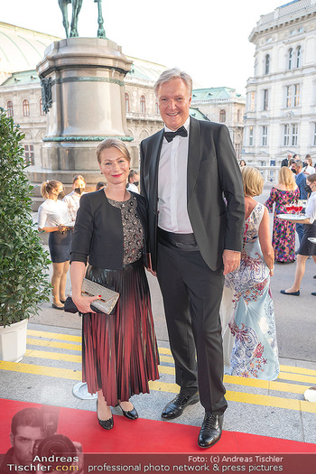 Fundraising Dinner - Albertina, Wien - Di 14.09.2021 - Klaus Albrecht SCHRÖDER mit Ehefrau Nina16