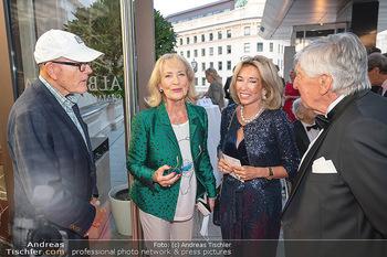Fundraising Dinner - Albertina, Wien - Di 14.09.2021 - Dagmar KOLLER mit Begleitung, Dagmar MILLESI, Heinz ZEDNIK46