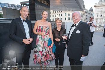 Fundraising Dinner - Albertina, Wien - Di 14.09.2021 - Christoph und Eva DICHAND, Michael HÄUPL mit Ehefrau Barbara H49