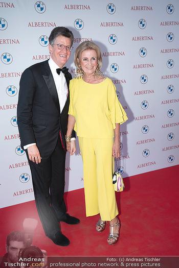 Fundraising Dinner - Albertina, Wien - Di 14.09.2021 - Elisabeth GÜRTLER mit Sohn Georg52