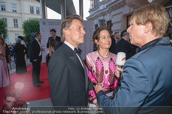 Fundraising Dinner - Albertina, Wien - Di 14.09.2021 - Birgit LAUDA mit neuem Freund Markus SIEBERER, Dominic HEINZL59