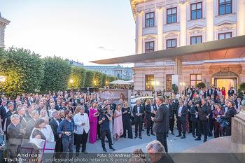 Fundraising Dinner - Albertina, Wien - Di 14.09.2021 - Gäste beim Cocktailempfang, Sommerfest, Terrasse, Publikum74