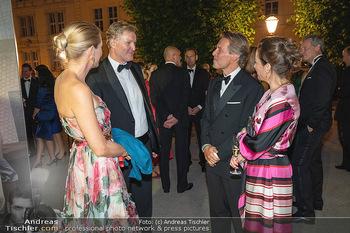 Fundraising Dinner - Albertina, Wien - Di 14.09.2021 - Christoph und Eva DICHAND, Birgit LAUDA, Markus SIEBERER92