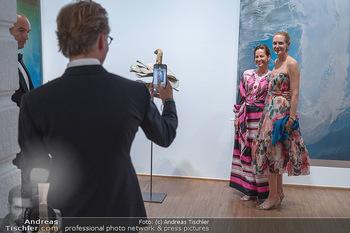 Fundraising Dinner - Albertina, Wien - Di 14.09.2021 - Birgit LAUDA, Eva DICHAND, werden fotografiert von Markus SIEBER97