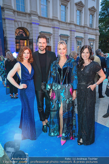 90 Jahre GW Cosmetics - Gartenpalais Liechtenstein, Wien - Do 16.09.2021 - Anna VEITH, Teresa VOGL, Elina GARANCA, Niko  NIKO75
