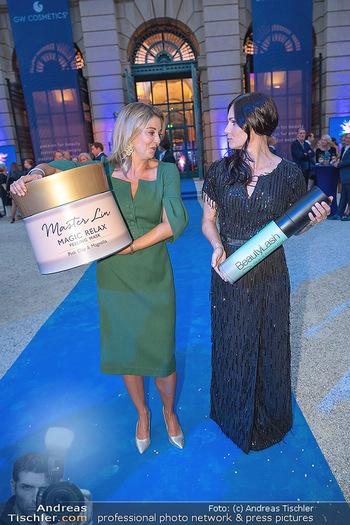 90 Jahre GW Cosmetics - Gartenpalais Liechtenstein, Wien - Do 16.09.2021 - Anna VEITH, Christine REILER77
