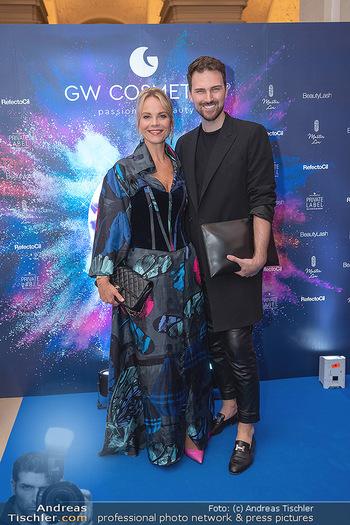 90 Jahre GW Cosmetics - Gartenpalais Liechtenstein, Wien - Do 16.09.2021 - Elina GARANCA, Niko NIKO114