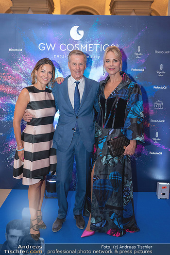 90 Jahre GW Cosmetics - Gartenpalais Liechtenstein, Wien - Do 16.09.2021 - Elina GARANCA, Beatrice COX-RIESENFELDER, Rainer DEISENHAMMER119