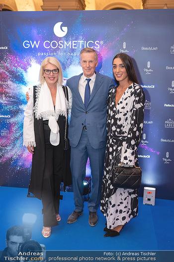 90 Jahre GW Cosmetics - Gartenpalais Liechtenstein, Wien - Do 16.09.2021 - Liane SEITZ, Rainer DEISENHAMMER, Alma MILCIC126