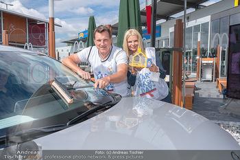 Carwash Day 2021 - McDonalds McDrive 1110 und 1220 Wien - Fr 17.09.2021 - Karin SCHMIDT, Andi Andreas HERZOG12