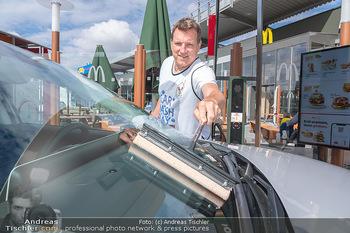 Carwash Day 2021 - McDonalds McDrive 1110 und 1220 Wien - Fr 17.09.2021 - Andi Andreas HERZOG24