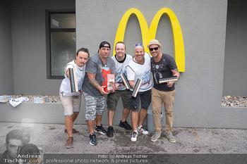 Carwash Day 2021 - McDonalds McDrive 1110 und 1220 Wien - Fr 17.09.2021 - Musikband Wiener Wahnsinn51