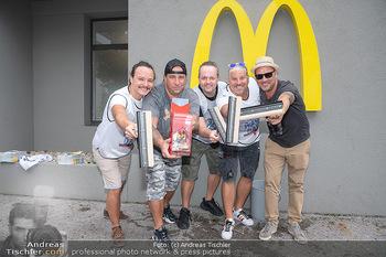 Carwash Day 2021 - McDonalds McDrive 1110 und 1220 Wien - Fr 17.09.2021 - Musikband Wiener Wahnsinn53