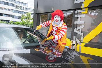 Carwash Day 2021 - McDonalds McDrive 1110 und 1220 Wien - Fr 17.09.2021 - Ronald McDonald61
