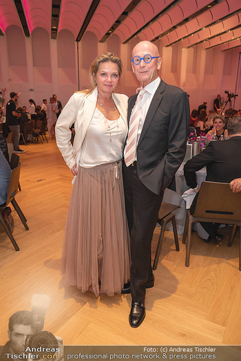 Schmuckstars Awards 2021 - Hotel Andaz, Wien - Sa 18.09.2021 - Kurt MANN mit Joanna27