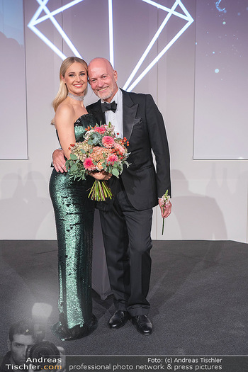 Schmuckstars Awards 2021 - Hotel Andaz, Wien - Sa 18.09.2021 - Silvia SCHNEIDER, Christian LERNER210